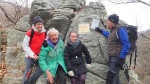 Il nuovo libro di vetta per i 150 anni del CAI posto sulla Rocca Davì