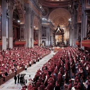 I Padri conciliari riuniti nella Basilica di San Pietro a Roma