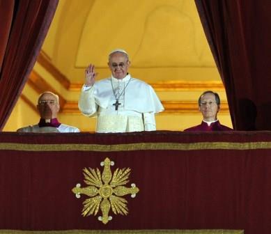 Il Vescovo di Pinerolo sul nuovo papa: saprà guardare ai poveri