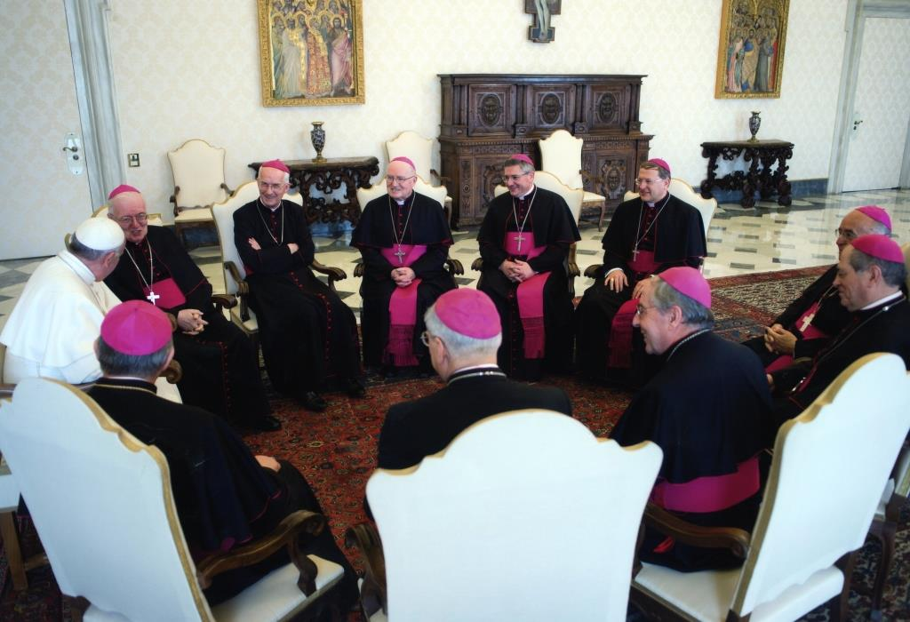 "La ""visita ad limina"" di monsignor Pier Giorgio Debernardi"