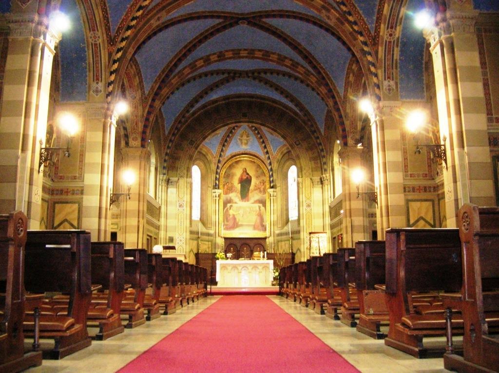 Nella chiesa dei padri Oblati di Pinerolo un'ora di adorazione in contemporanea mondiale