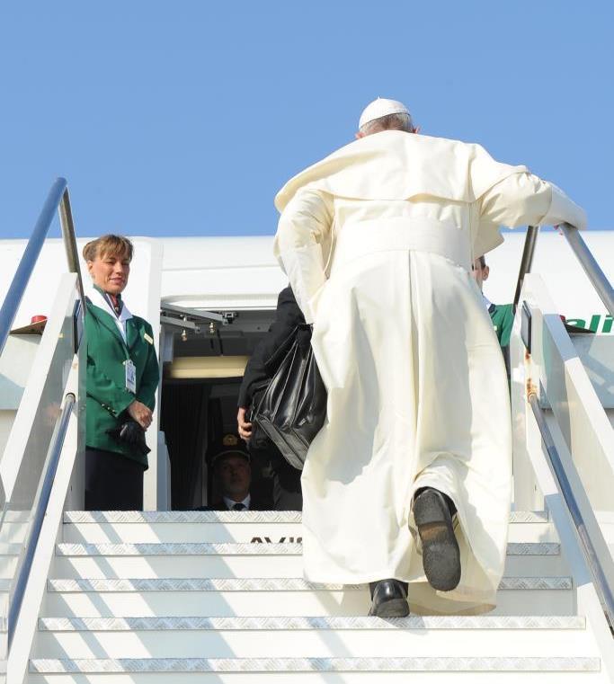 A Papa Francesco in partenza per la GMG