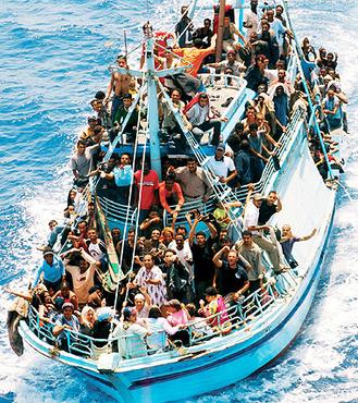Lampedusa un mese dopo: siamo tutti  sullo stesso barcone