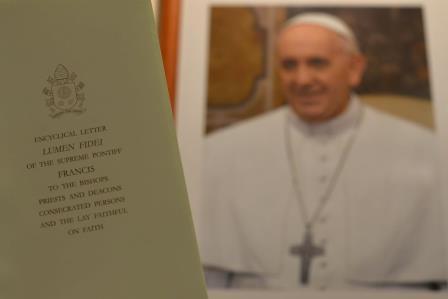 """Guida alla lettura e alla meditazione della lettera enciclica di Papa Francesco """"Lumen fidei"""""""