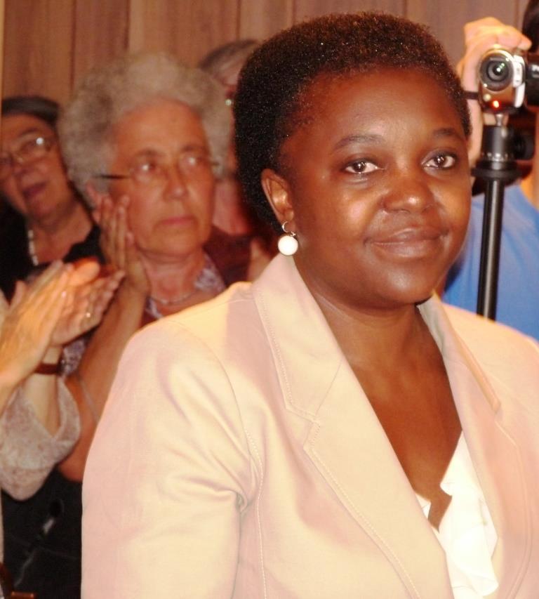 La Kyenge a Torre Pellice entusiasma valdesi e cattolici