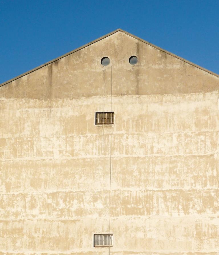 Emergenza abitativa: l'appello del Vescovo per acquisire la casa del Cottolengo a Riva