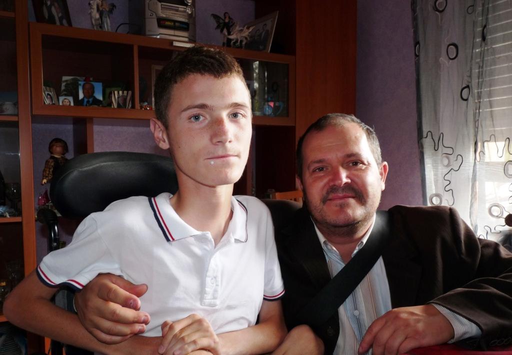 Papa Francesco telefona ad un ragazzo di Pinerolo ammalato di distrofia muscolare