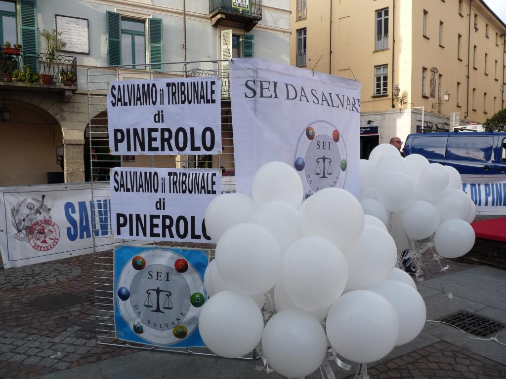 Pinerolo. Giovedì 19 settembre un flash mob in difesa del tribunale