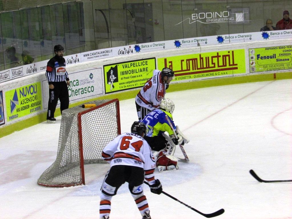 [Hockey] La Valpe chiude l'anno in bellezza, contro il Milano finisce 2-1