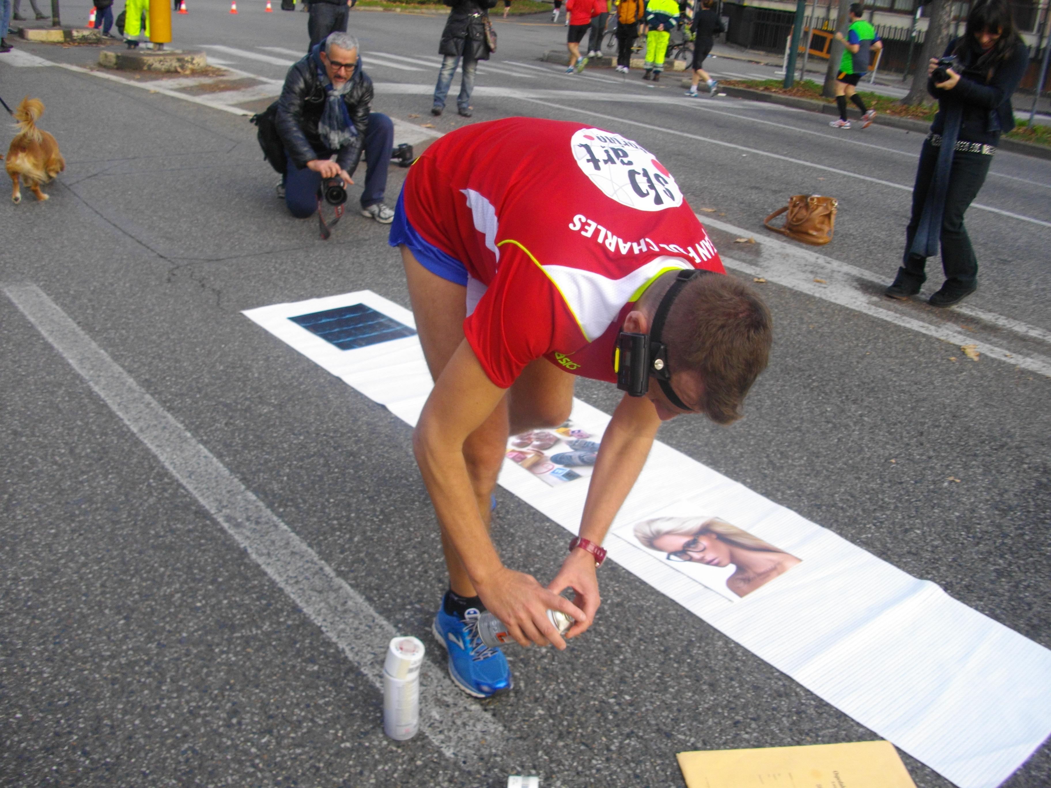 [ Photogallery ] Riuscita l'impresa dell'artista Charles alla Turin Marathon!
