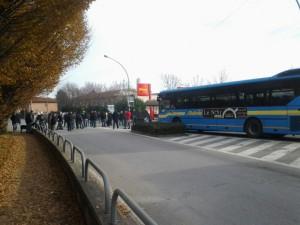 Il blocco in corso Torino, all'altezza dell'ex Macumba