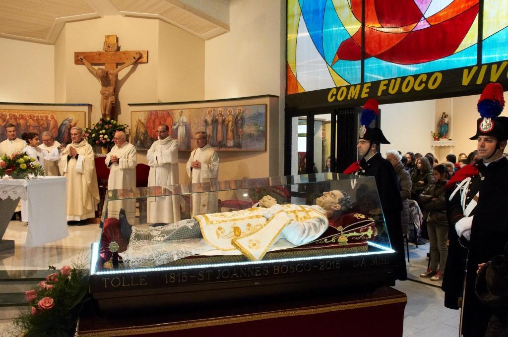 [Photogallery] L'urna di don Bosco nella diocesi di Pinerolo