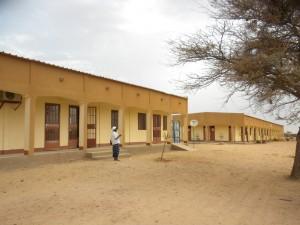La scuola in costruzione nel villaggio di Sebba