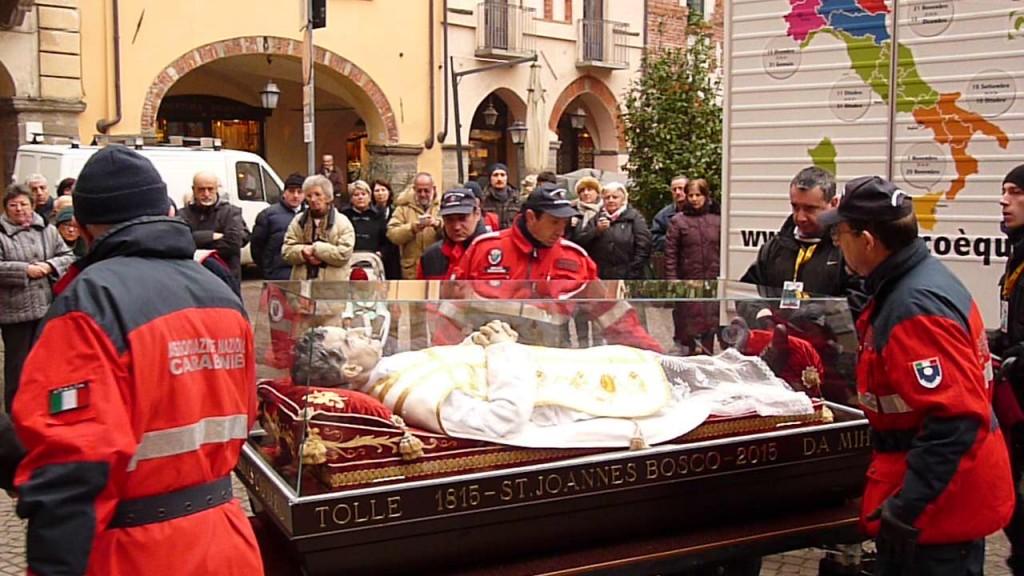 L'urna di don Bosco arriva in Cattedrale