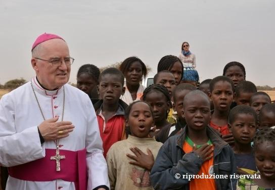 [ photogallery ] Auguri, monsignor Debernardi