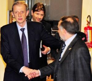 Il sindaco di Torino, Piero Fassino con il sindaco di Pinerolo, Eugenio Buttiero