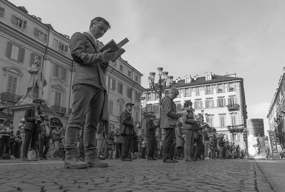 """Il 23 maggio a Torino tornano le """"Sentinelle in piedi"""""""
