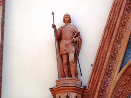 Maurizio, un santo tra guerra e pace