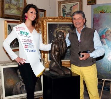 """Maurizio Rinaudo, pittore di Osasco e Arianna Levetti, modella di Bricherasio protagonisti de """"La modella per l'Arte"""" a Stresa"""