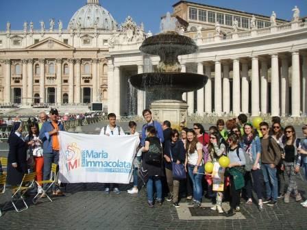 I ragazzi dell'IMI all'incontro con Papa Francesco per la scuola: «Meglio una sconfitta pulita che una vittoria sporca!»