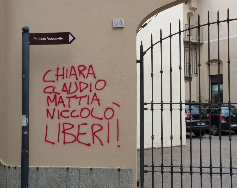 Pinerolo. Cancellata la scritta contro Caselli