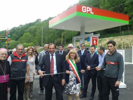 Porte. TotalErg e il comune hanno inaugurato nuovi servizi e strutture per il paese