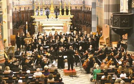 Nel duomo di Pinerolo un concerto per la parrocchia di Porte