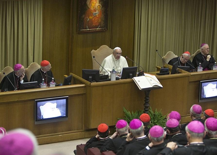 Papa Francesco ha aperto l'Assemblea Generale CEI. Il vescovo di Pinerolo: è stato un incontro di famiglia