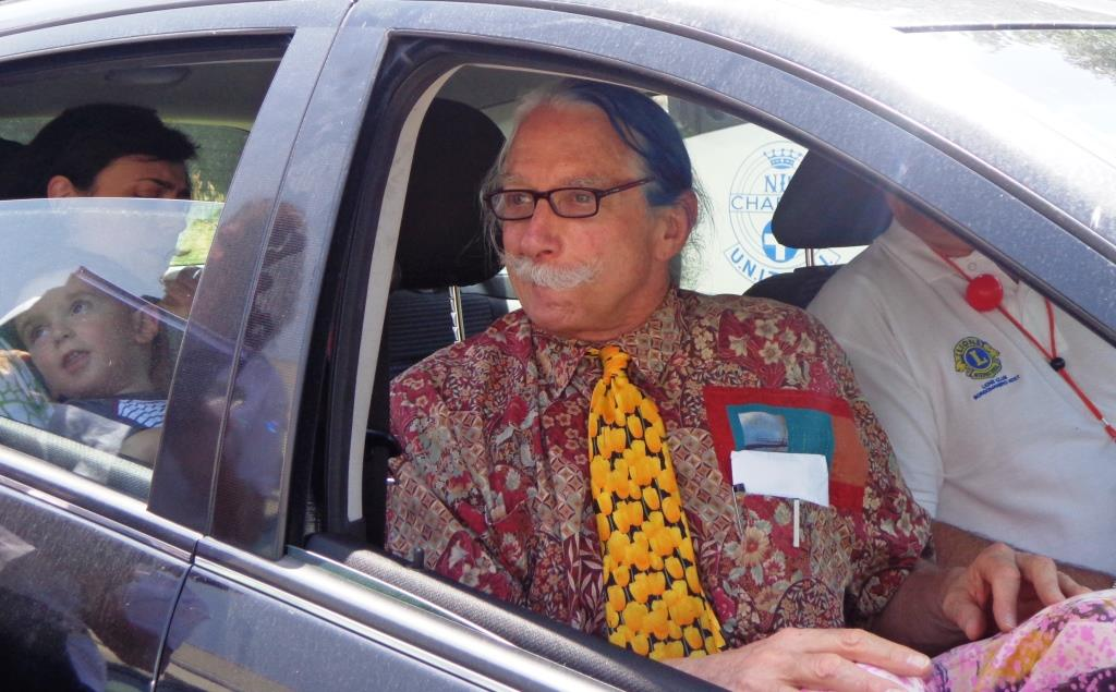 Borgomanero. Patch Adams, quando l'allegria entra in corsia