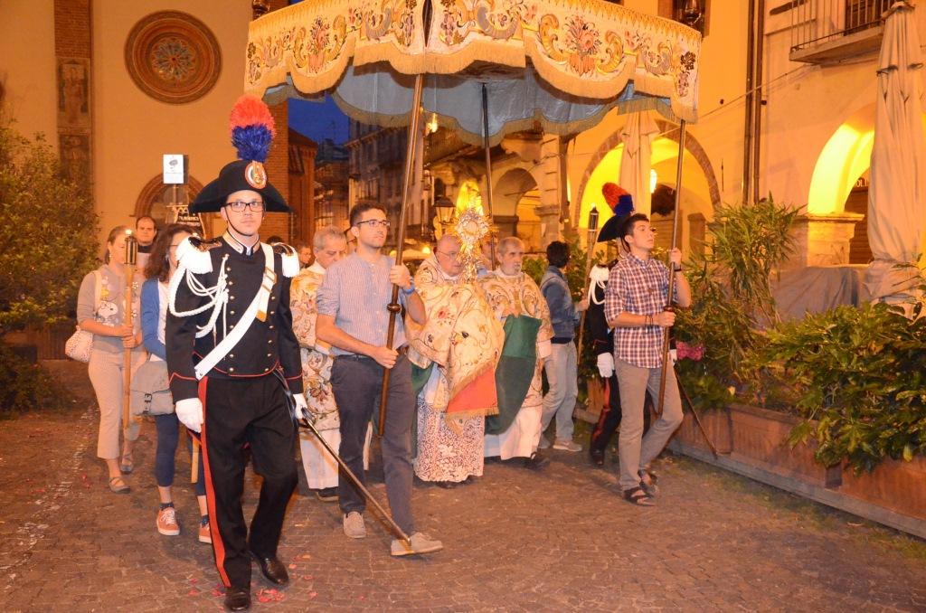 [ photogallery ] La processione del Corpus Domini a Pinerolo