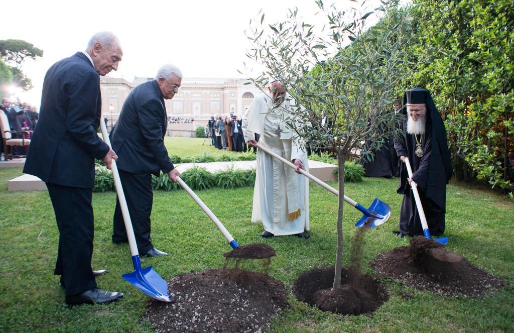 Papa Francesco e i presidenti di Isarele e Palestina hanno pregato per la pace