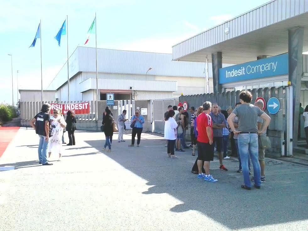None. Whirlpool apre ad accordo oltre il 2016 per i dipendenti ex Indesit