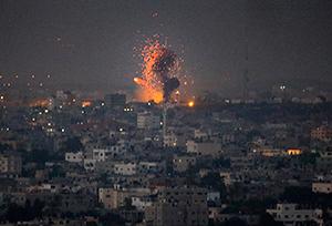Gaza sotto tiro Israele continuerà a colpire dall'aria