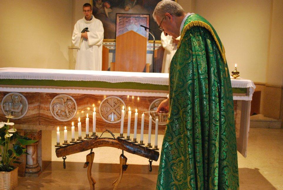 Pinerolo. I novizi salesiani accendono dieci candeline