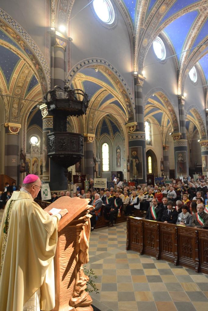 [photogallery] Messa in Cattedrale per gli anziani dei Centri d'Incontro