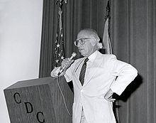 100 anni fa nasceva Salk, il medico che scoprì il vaccino contro la polio