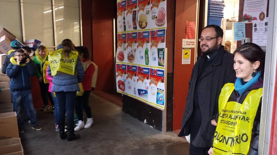 """Oggi giornata della """"Colletta Alimentare"""" in numerosi supermercati del pinerolese"""