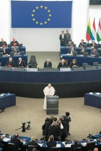 Papa a Strasburgo