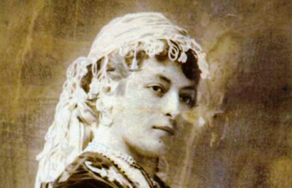 Ester, la ballerina del Kedivé