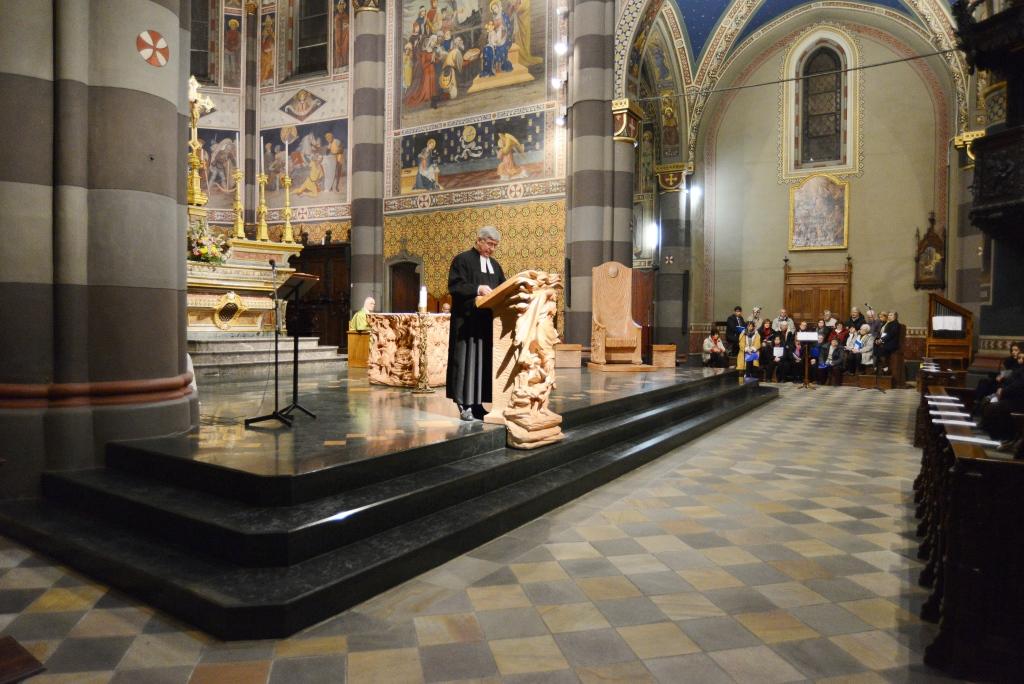 [ photogallery ] Il pastore Genre predica nella Cattedrale di Pinerolo