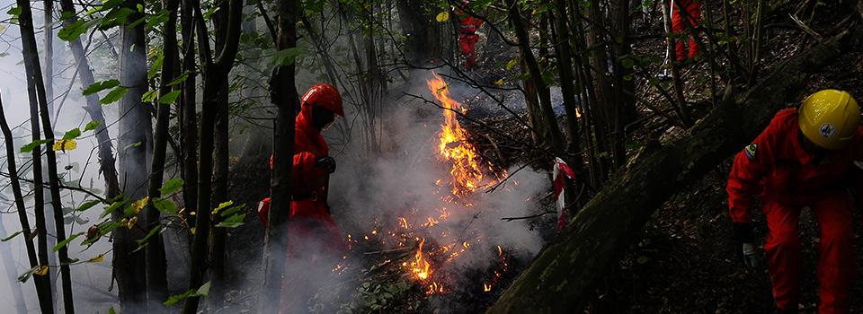 Perosa Argentina. Incendio in borgata Rio Agrevo