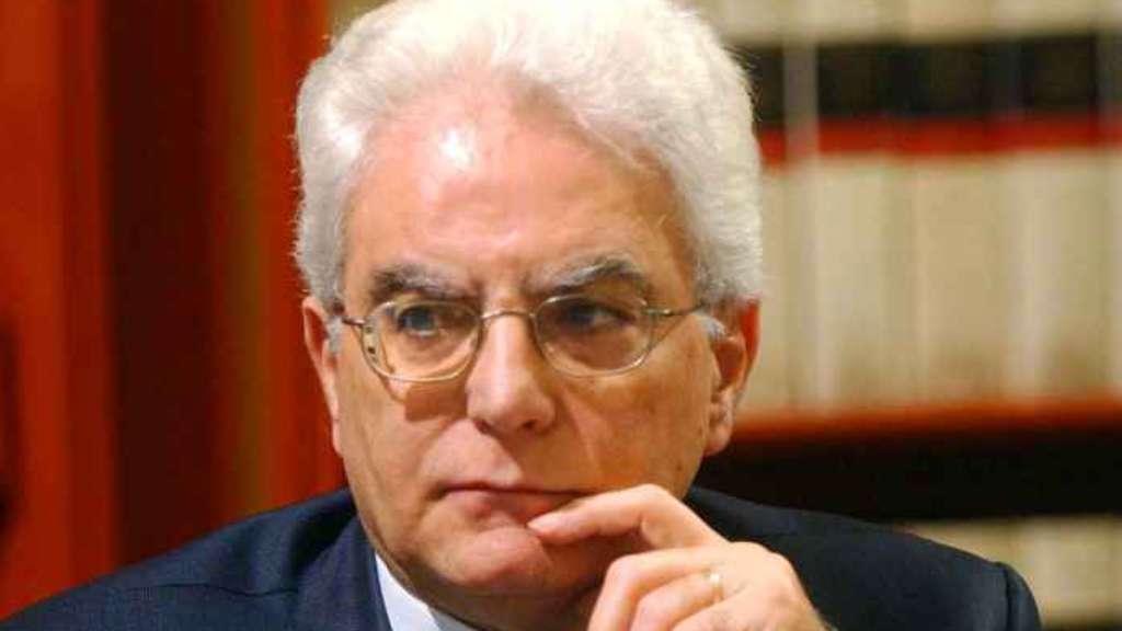 """Mattarella mette in guardia la magistratura dalle pressioni delle """"opinioni correnti"""""""