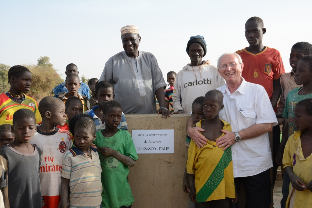 Scuole e pozzi per l'Africa di domani