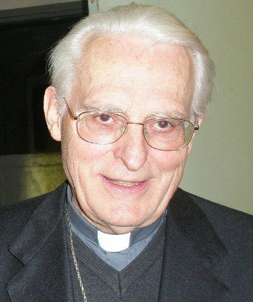 Migliorano le condizioni di monsignor Anfossi