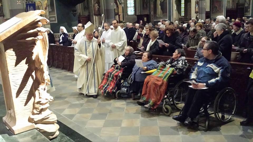 [ photogallery ] Il Duomo di Pinerolo gremito per la Giornata del Malato
