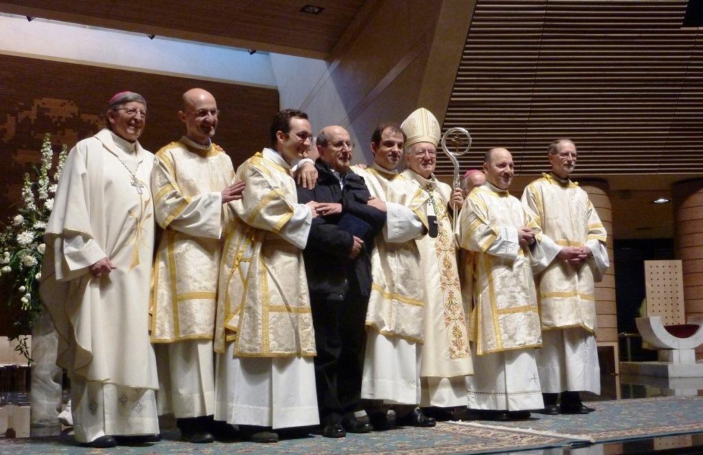 """Ordinato diacono il """"priore"""" di San Valeriano (Cumiana)"""