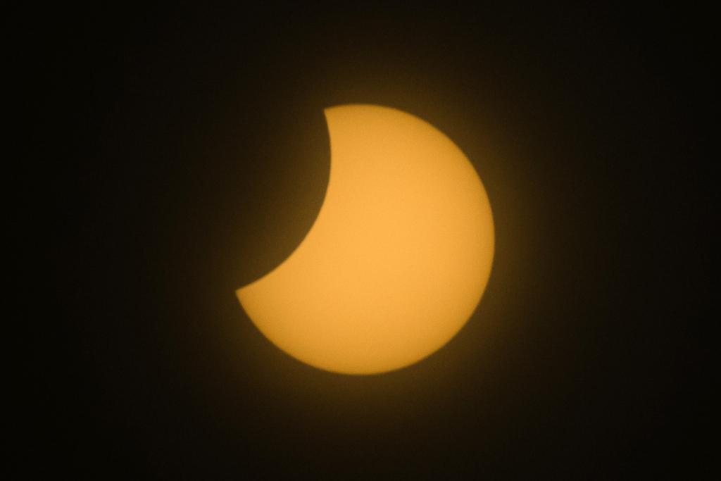 [photogallery] L'eclissi di sole vista dal Sestriere