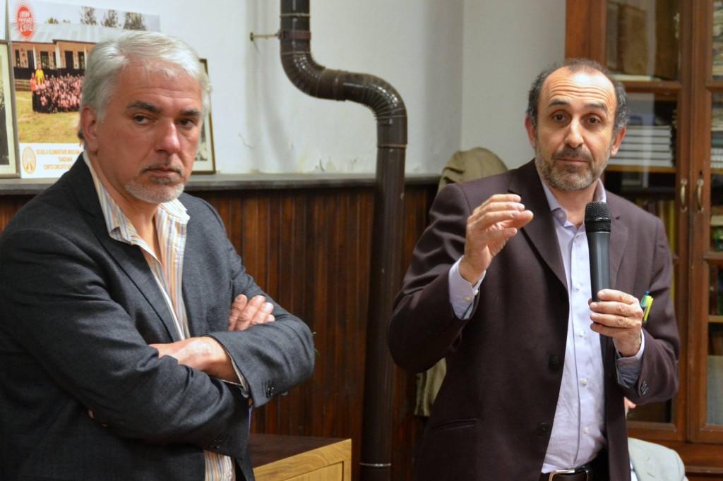 Giacomo Benedetti, uno degli organizzatori dell'incontro, e Elvio Rostagno, consigliere regionale