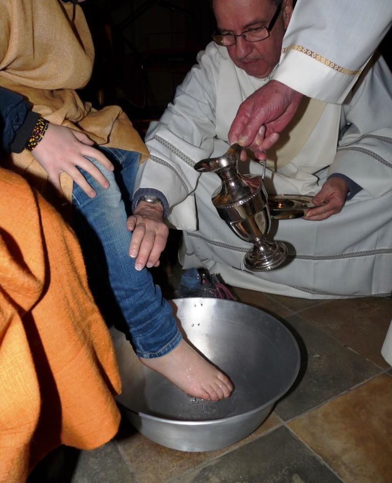Dalla lavanda dei piedi una lezione di amore fraterno