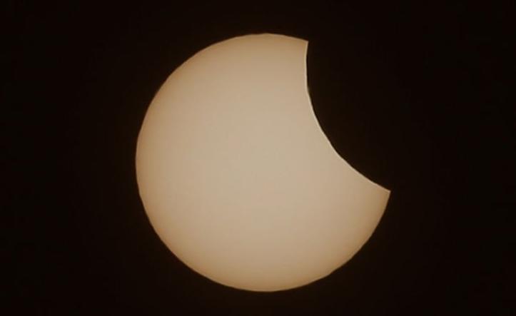 Che cosa è l'eclissi di sole